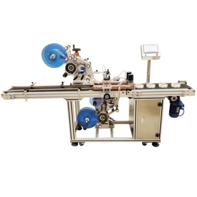 Automatic labelling machine for placing simultaneously top  and bottom labels.